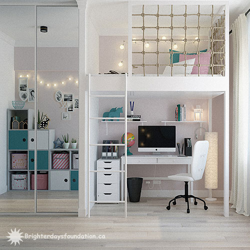 Built in bunkbed and desk